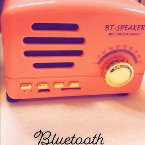Vintage Look Bluetooth Wireless Speaker